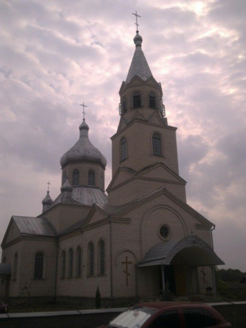 Храм УПЦ КП Рахни- Лісові