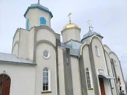 Церква в селі Кинахівці