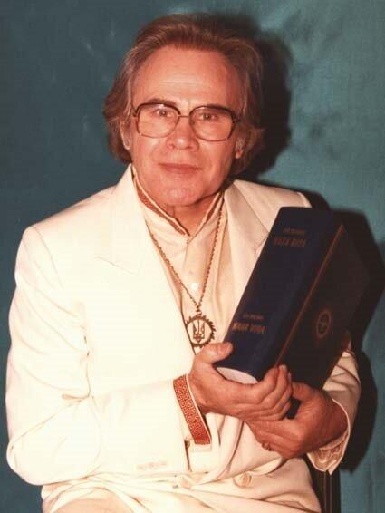 Лев Силенко